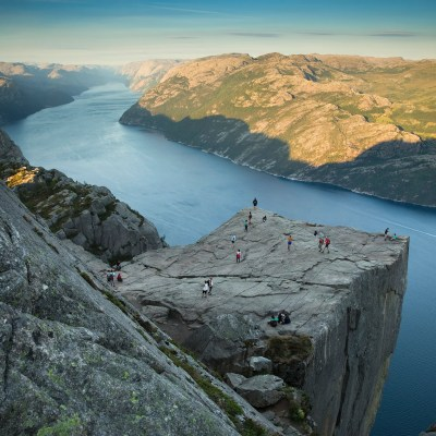 Hiking Preikestolen in summer