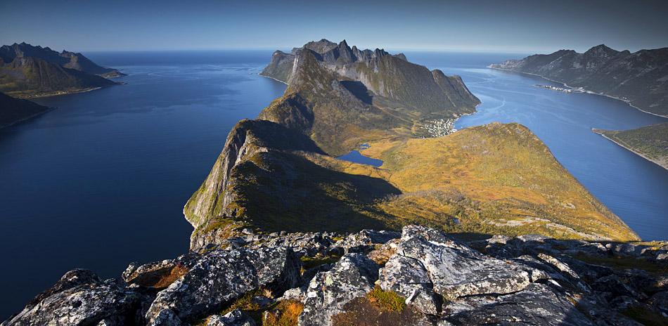 hiking Barden Senja Fjordgard
