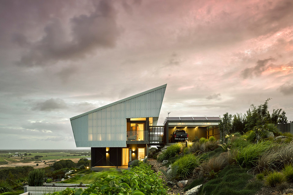 Sparks Architects' Spinnaker House Is Perfect For Its Australian Setting
