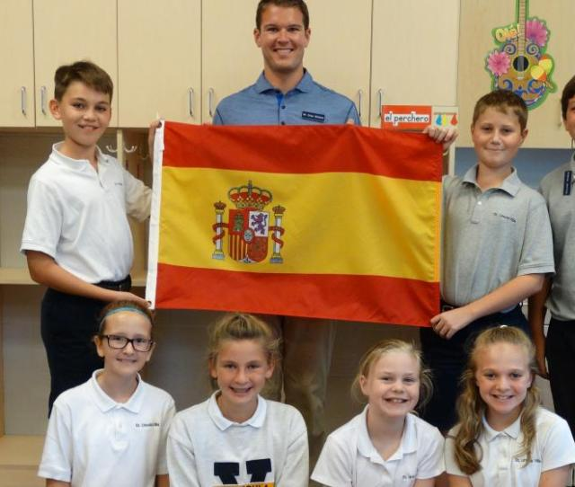 St Ursula Villa Offers Foreign Language Options Of French Or Spanish To Students In Montessori And Traditional Kindergarten Through Junior High