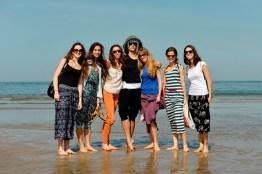 Since Muscat lies right next to the sea – a visit to the beach was a must. Aiara Iturrioz Rico, Alicia Torronteras, Miriam Kacerova, Roger Cuadrado, Daniela Lanzetti, Elizabeth Wisenberg, Julia Bergua Orero