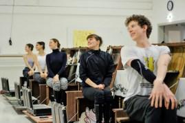 "The ""table dance"": Alexander Mc Gowan, Julie Marquet, Elena Bushuyeva, Anouk van der Weijde, Paula Rezende"
