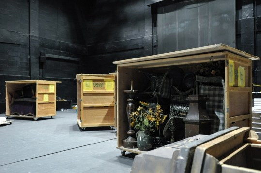 After the last performance, the load out has to go very fast ... Here a box already loaded with props from Onegin.