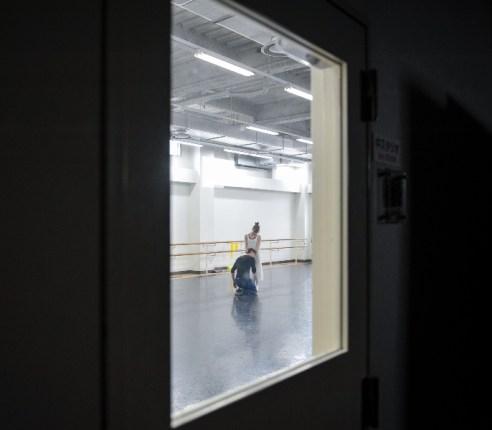 Elisa Badenes and Daniel Camargo rehearse Romeo and Juliet