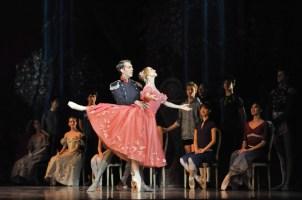 Dress rehearsal for Onegin: Alicia Amatriain as Tatjana, Robert Robinson as Gremin