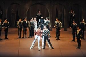 Constantine Allen as Romeo, Robert Robinson as Tybalt