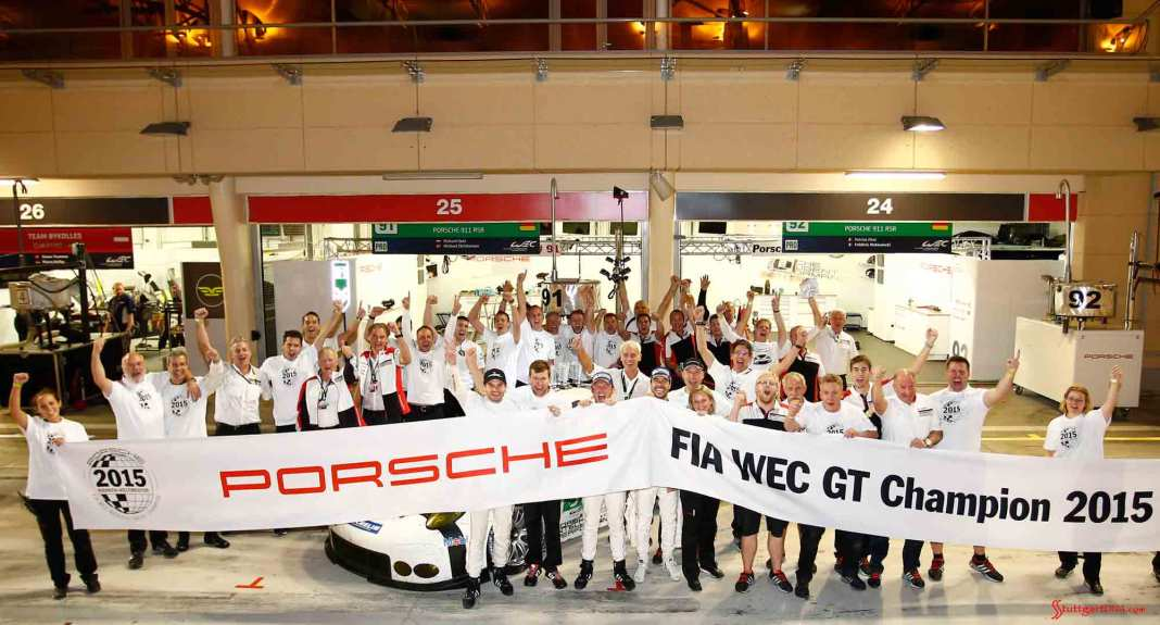 Porsche wins three 2015 WEC GT titles: Porsche 2015 WEC GT Champ team photo. Credit: Porsche AG