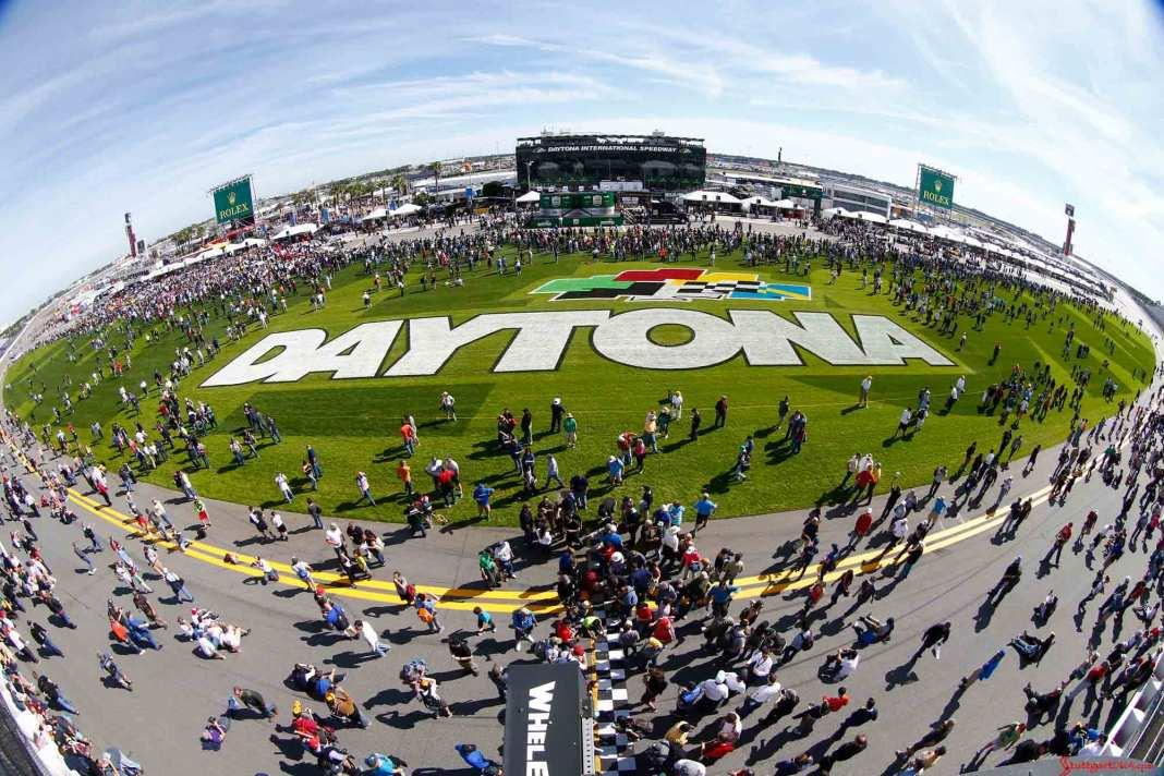 2016 Daytona 24 Hours Porsche Results: 2016 Daytona 24 grass lettering fisheye view. Credit: Porsche AG