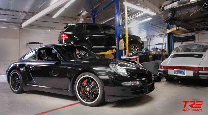 2017 Porsche L.A. Literature, Toy and Memorabilia Meet Weekend: TRE Motosports and TRE Automotive garage and logo. Credit: TRE Motorsport