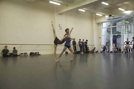 """Japan Gastspiel, Proben zu """"Der Widerspenstigen Zähmung"""" (Hyo-Jung Kang: Bianca, William Moore: Hortensio), Foto: Stuttgarter Ballett"""