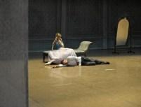 China-Gastspiel, Alicia Amatriain (Marguerite Gautier) und Jason Reilly (Armand Duval) auf der Bühne, Foto: Roman Novitzky