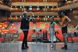 Reid Anderson mit Miriam Kacerova und Constantine Allen