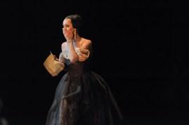 Anna Osadcenko als Tatjana