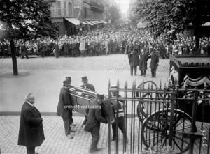 Parijs, september 1918, de begrafenis van Louis Darragon.