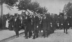 Op Pinksterzondag 4 juni 1911, plaats van handeling, de Zehlendorfbaan in zijn eigen stad klapte de voorband van Fritz Theile. Fritz die zijn nek brak werd op het kerkhof Wildersdorf nabij Berlijn begraven. Foto: Archief Stuyfssportverhalen