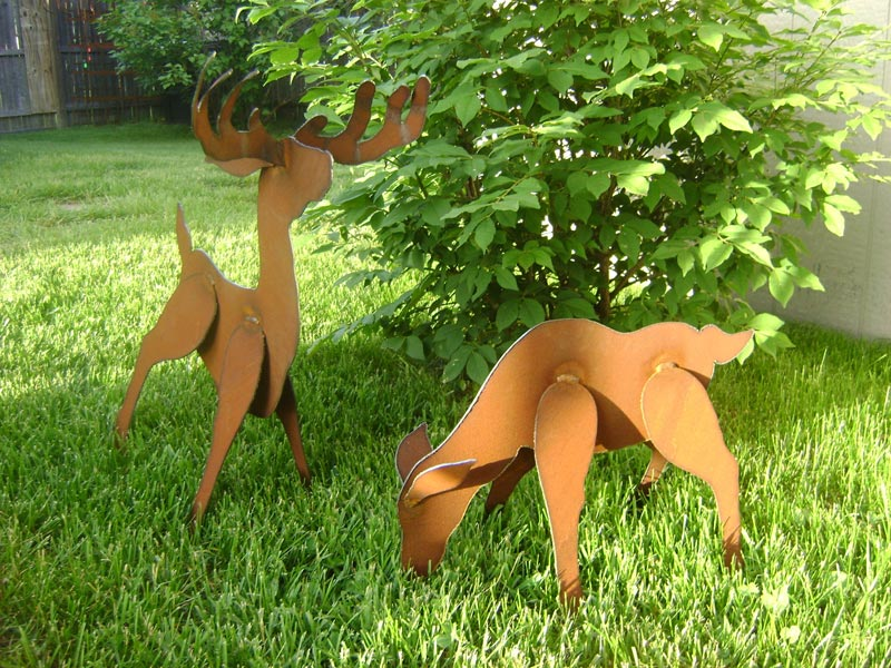 Lawn Ornaments Make Outdoor Environment Most Charming And Alive Landscape Design