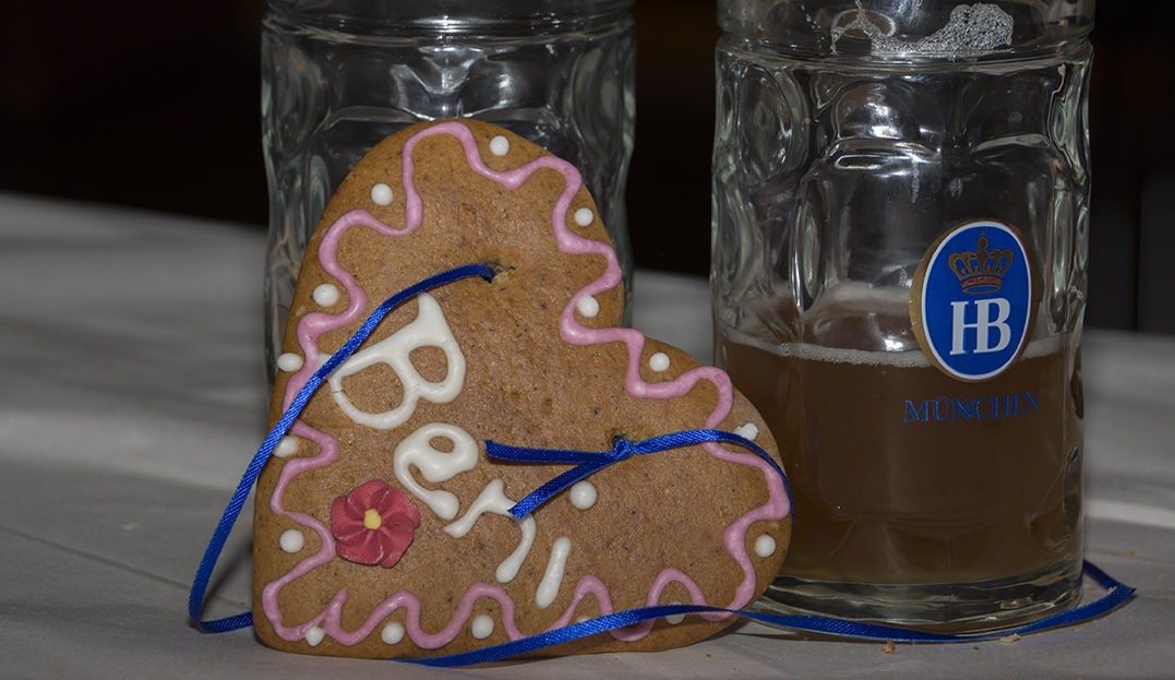 D72_1813_Lebkuchen-Bier