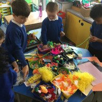 Oak Class Egg Decorating