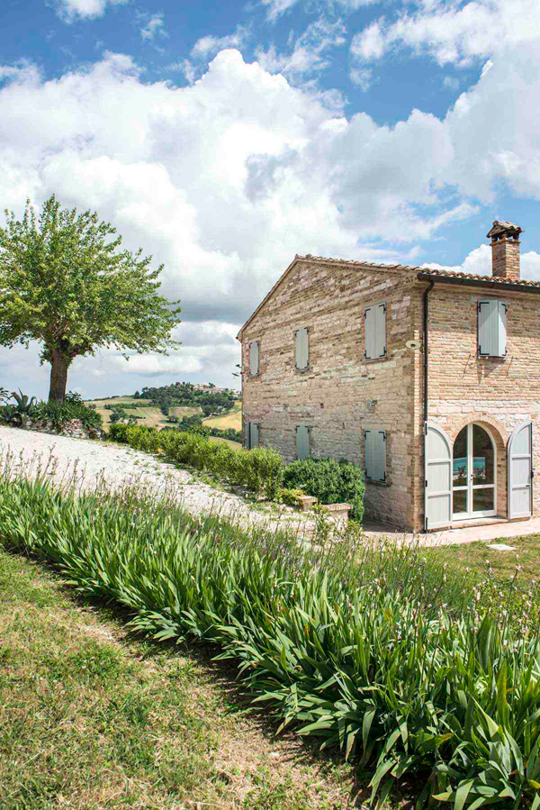 THE TRAVEL FILES A STYLISH HOLIDAY VILLA IN ITALY THE