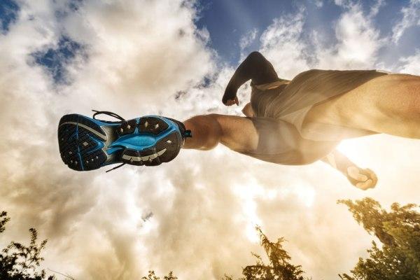 Polyester Stoff der Fastfashion und Sportmode
