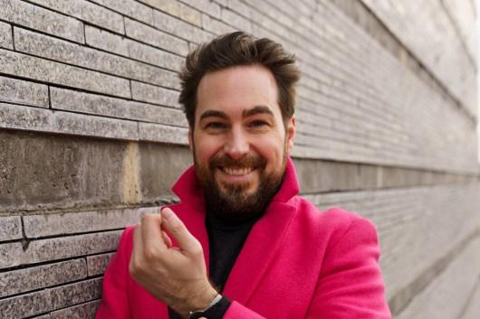 Wie Männer Pink tragen