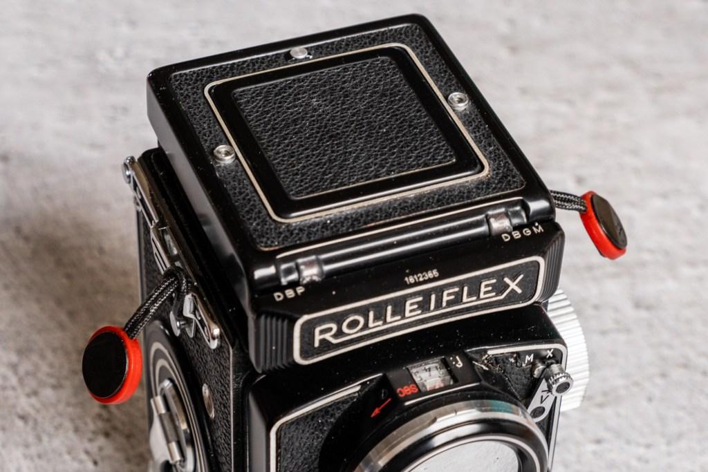 Rolleiflex 2.8D with Peak Design anchors