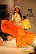 Karma's Fashion Dresses For Women in PFDC Sunsilk Fashion Week 2011 Lahore (8)