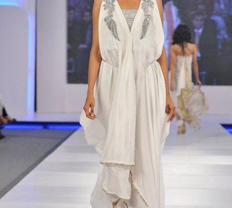 Ayesha Farooq Hashwani's white and pure collection 2011 (13)