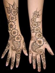 Stylish Mehndi Designs For Eid 2011