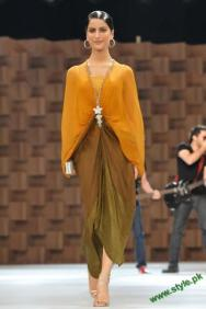 Sana-Safinaz-Latest-Collection-At-Lux-Style-Award-2011-5 style.pk