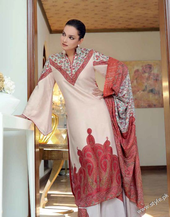 Amna Haq Photo Shoot For Gul Ahmed Winter Collection 2011-12 (9)