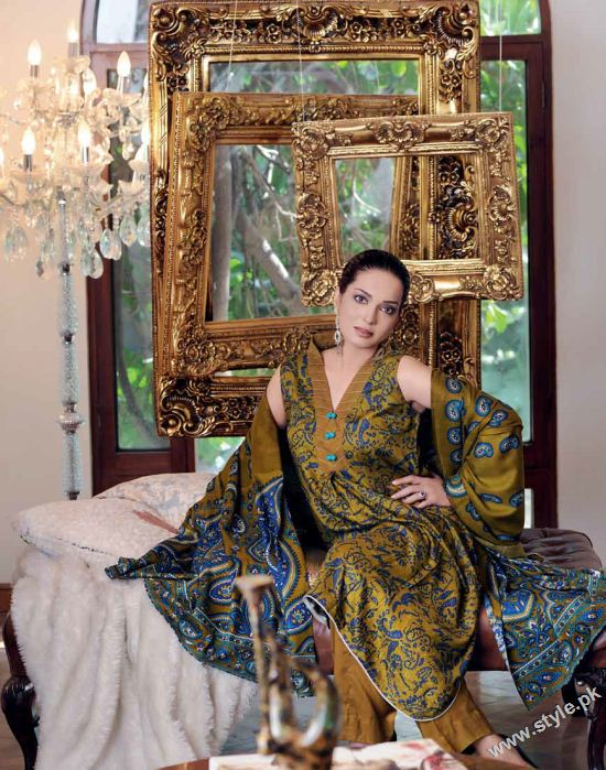 Amna Haq Photo Shoot For Gul Ahmed Winter Collection 2011-12 (3)