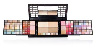 Beauty products by E.l.f cosmetics pakistan (12)