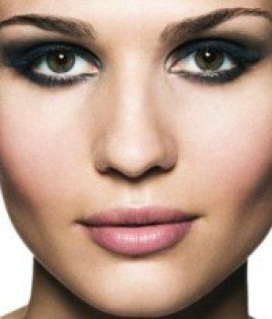 Smokey eyes makeup (1)