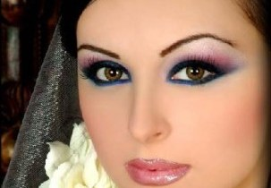 Makeup Tips For A Family Gathering - Winter 2012 (4)