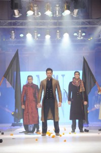 wedding wear for men 2012 by munib nawaz (3)