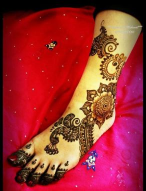 Latest Bridal Mehndi Designs 2012 _03
