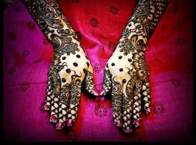 Latest Bridal Mehndi Designs 2012 _04