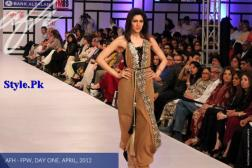 Ayesha F Hashwani At Fashion Pakistan Week 2012, Day 1-002