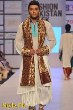 Kuki Concept Presented At Fashion Pakistan Week 2012, Day 2-006