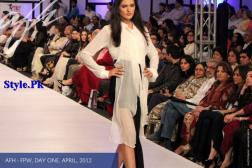 Latest Ayesha F Hashwani Collection At FPW 2012-008