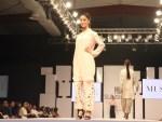 Sunsilk PFDC Fashion Week 2012, Day 1 (24)