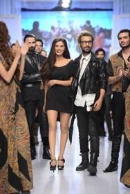 Rizwanullah Collection At Fashion Pakistan Week 2012 Season 4 001