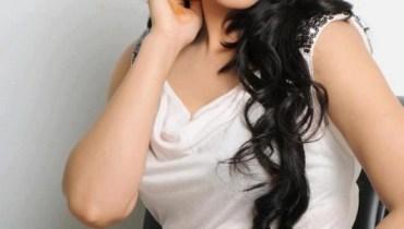 Sana Nawaz (20)