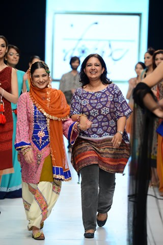 Baani D Collection 2013 At Fashion Pakistan Week 5 001