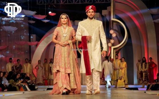 Deepak Perwani Bridal Collection at BCW 2013 003