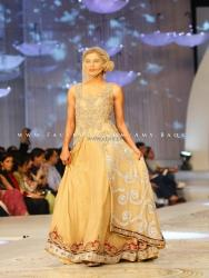 HSY Bridal Collection at Pantene Bridal Couture Week 2013 013