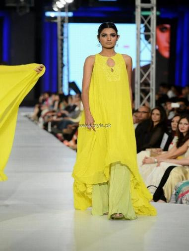Sublime by Sara Collection at PFDC Sunsilk Fashion Week 2013 009