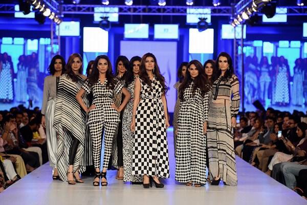 Feeha Jamshed Collection At PFDC Sunsilk Fashion Week 2013 005