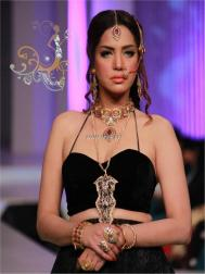 Nadia Chottani Jewellery Collection at BCW 2013 003